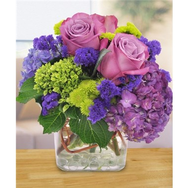 Cubes_with_Purple_Roses_and_Green_Flowers
